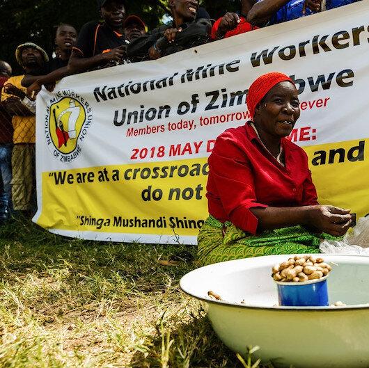 Zimbabve'de 3 bin kamu çalışanı işten çıkarıldı