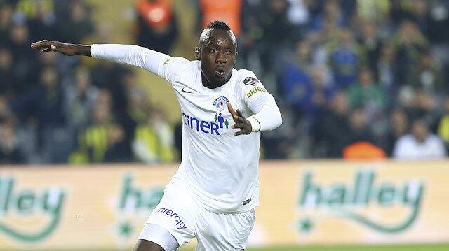 Diagne Kasımpaşa formasıyla çıktığı 35 maçta 32 gol atama başarısı gösterdi.