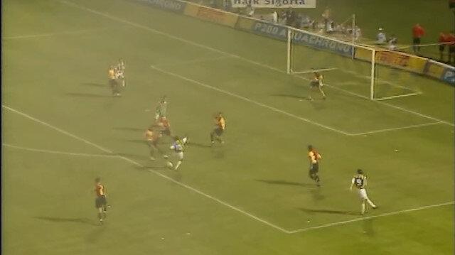 Fenerbahçe'den Okocha klibi: Galatasaray'a attığı 4 gol de var