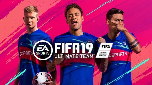 FIFA 19 yılın takımında sürpriz isimler yer aldı.