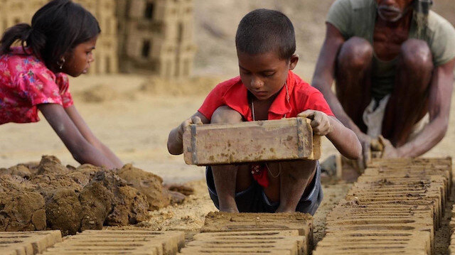 İnsan ticareti mağdurlarının yüzde 72'si kadın ve kız çocukları