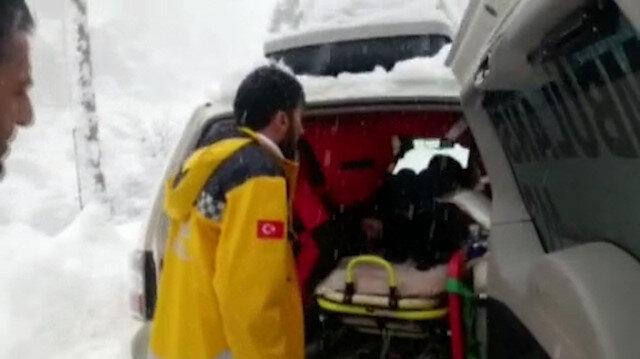 Mahsur kalan hasta 2 saatlik çabanın ardından hastaneye yetiştirildi