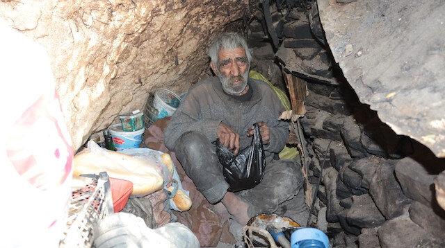 2 dil bilen 40 yıldır mağarada yaşayan adam: Erdoğan Cumhurbaşkanı oldu öyle mi?