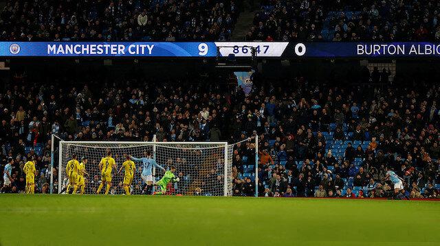 Manchester City'den gol yağmuru: 9-0