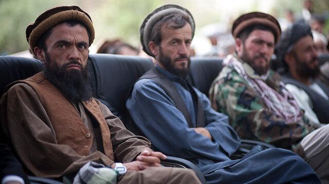 Afgan hükümeti, ABD'ye Taliban ile görüşme yetkisini Afganistan verdi.