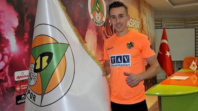 Aytemiz Alanyaspor, Çek forvet Josef Sural'i transfer etti.