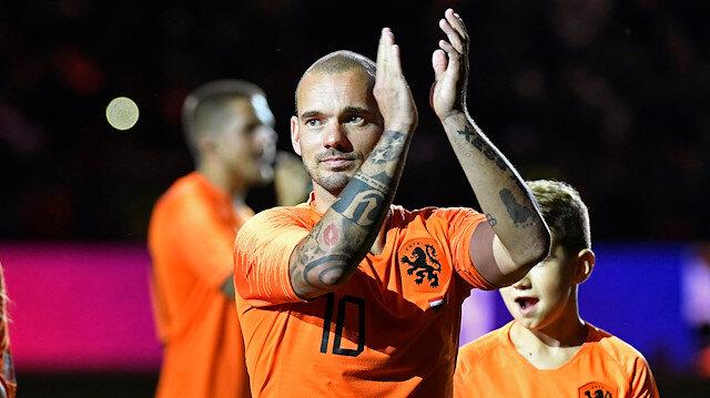 Wesley Sneijder, eylül ayında son kez Hollanda Milli Takımı formasını giymiş ve taraftarlara veda etmişti.