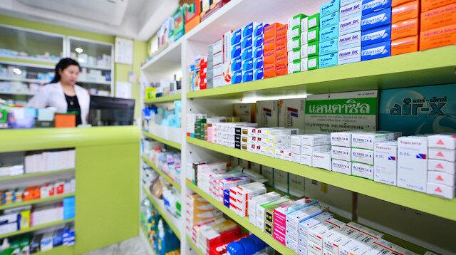 Zam gelecek diye piyasaya ilaç sürülmüyor