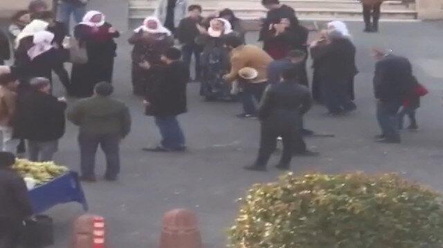 Adliye önünde darbukalı zurnalı tahliye sevinci