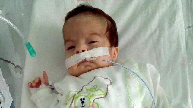 Açık kalp ameliyatı yapılan 13 günlük bebek sağlığına kavuştu.