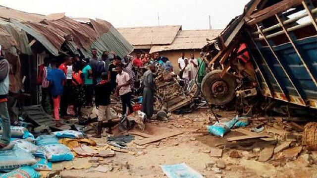 Nijerya'daki kazadan ilk fotoğraf.