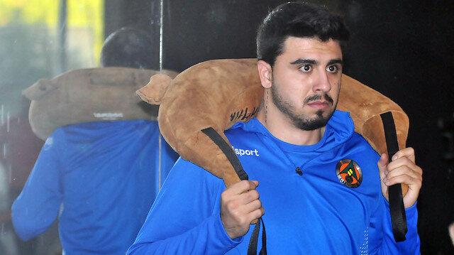 Fenerbahçe'de uzun süre kadro dışı bırakılan Ozan Tufan, ligin ikinci yarısında Alanyaspor için ter dökecek.