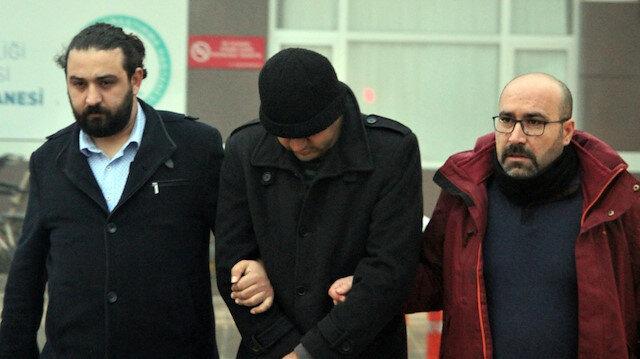 FETÖ soruşturması kapsamında gözaltına alınan isimler polisler eşiliğinde adliyeye götürülüyor. Fotoğraf: Arşiv.