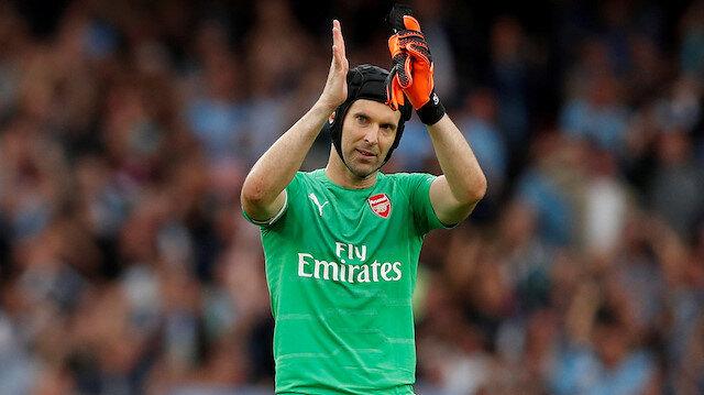 Cech futbolu bırakıyor