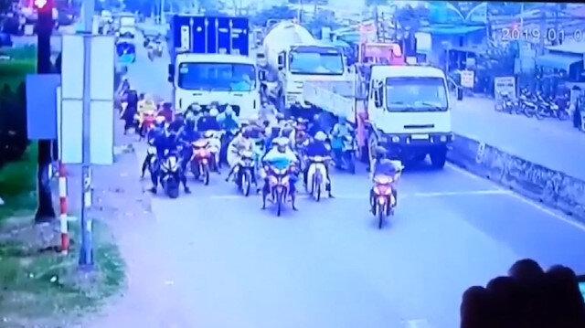 Freni patlayan kamyon onlarca motosikletliyi biçti