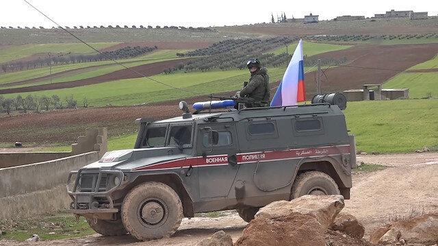 Rusya Menbiç'te terör örgütü YPG ile ortak devriye yaptı
