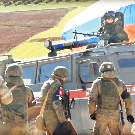 Münbiç'te Rusya ve YPG kol kola