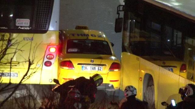 Sürücülerin yol verme inadı kazaya neden oldu