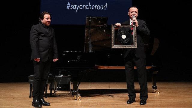 Erdoğan attends Ankara concert of famed Turkish pianist with US Senator Graham
