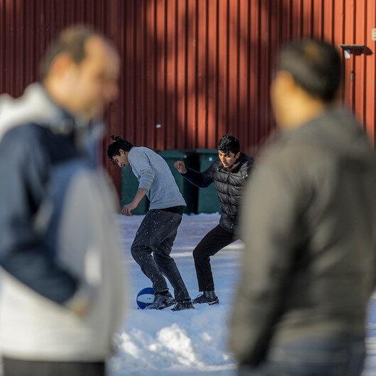 Sığınmacılar umuda yolculuk için baharı bekliyor