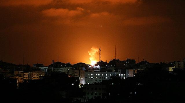 Syria says repels Israeli air attack, Israel says downs Golan rocket