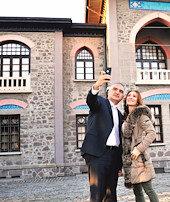 Selfie ile tarihe yolculuk
