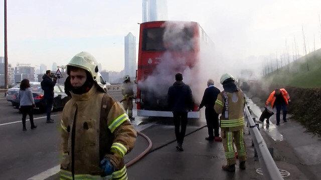 TEM otoyolunda çift katlı otobüste yangın