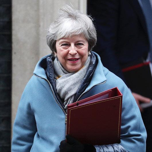 Theresa May Brexit için 'B planını' açıkladı