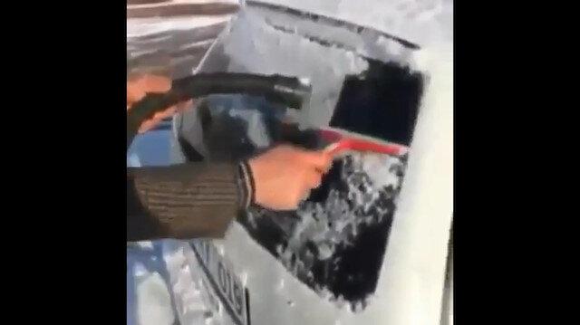 Buz tutan araba camı için muhteşem çözüm