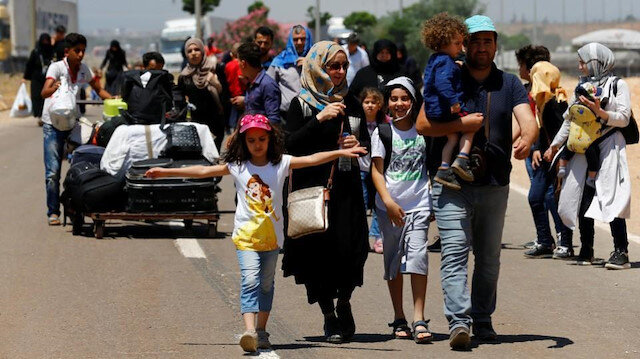 At least 120 Syrians return home from Turkey