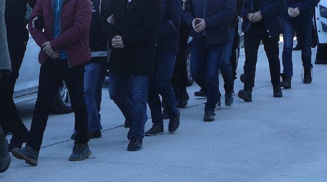 Arrest warrants out for 52 FETÖ-linked suspects in Turkey
