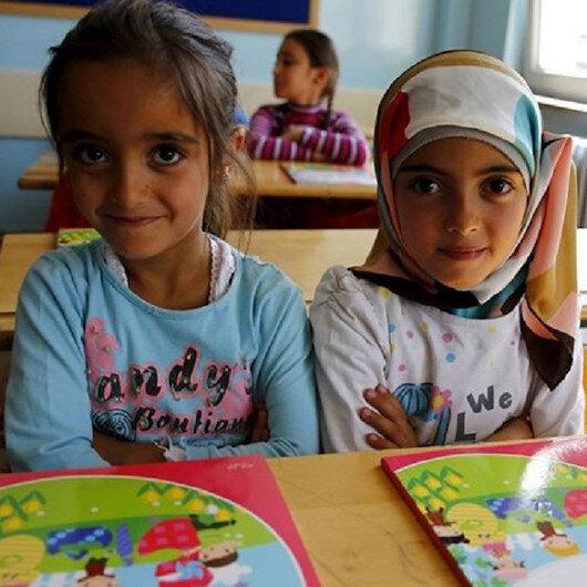 التعليم المكثف.. مشروع لحماية مستقبل مليوني طفل لاجئ في تركيا