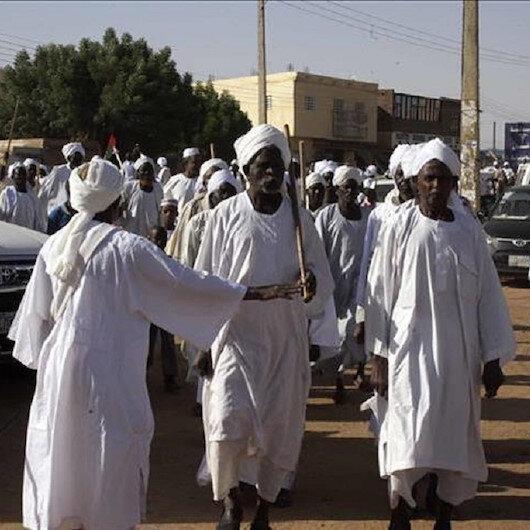 """السودان.. المعارضة تدعو """"للزحف الأكبر"""" الخميس إلى القصر الرئاسي"""