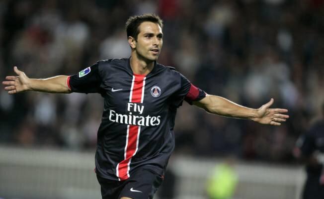 Pauleta kariyerinde Deportivo La Coruna, Bordeux, Paris Saint-Germain gibi takımlarda oynamıştı.