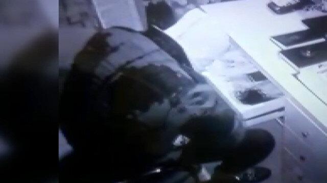 Çiçekçiyi soyan maskeli hırsız kamerada