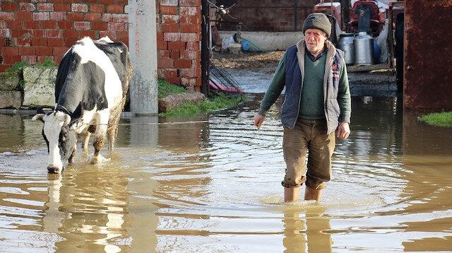 100 bin dönüm tarım arazisi sular altında