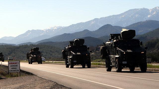 تعزيزات جديدة من القوات التركية تصل الحدود مع سوريا