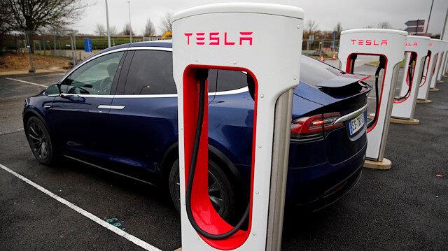 Tesla yeni satın almalarla yatırım hamlelerine devam ediyor.