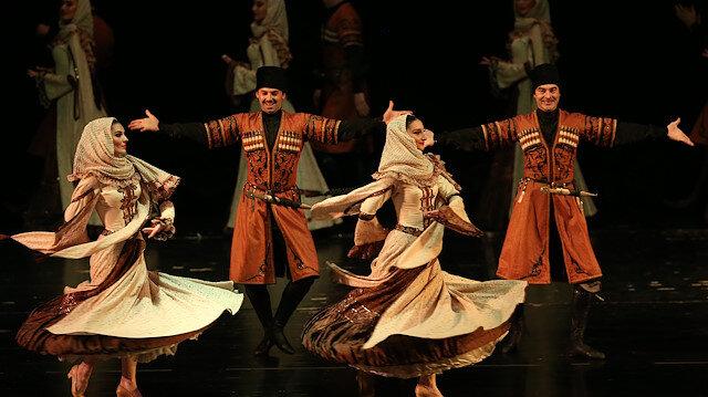 Lezginka performance in Bursa