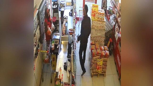 Bıçakla market soydu kaçamadan yakalandı