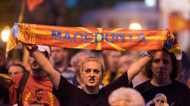 Makedonya NATO'ya katılım protokolünü imzaladı