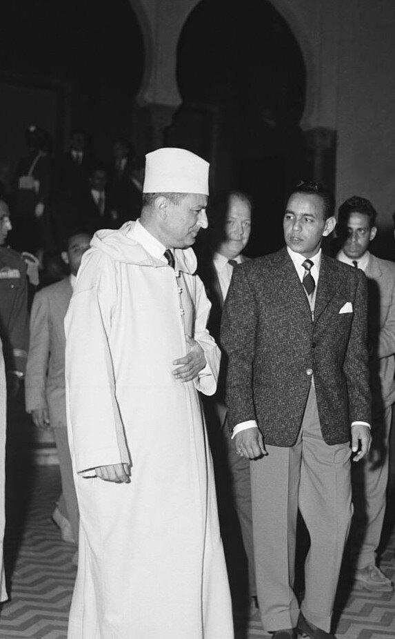 Sultan Muhammed ve Veliaht Prens Hasan.