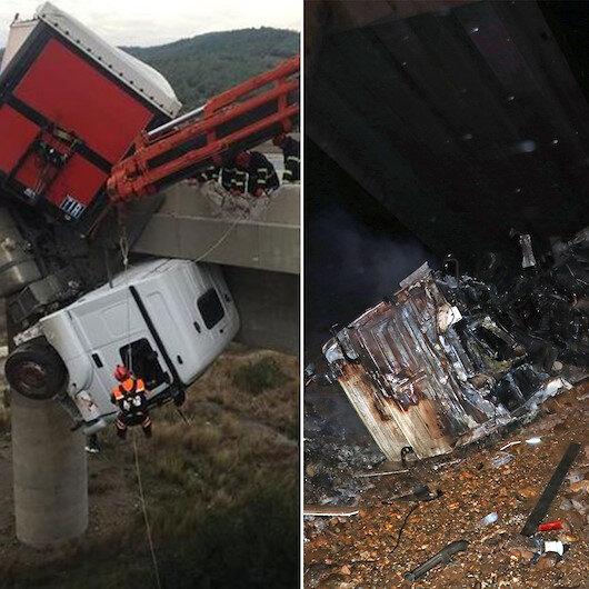 Aynı viyadükte ikinci TIR kazası: Şoför araçtan çıkamadı