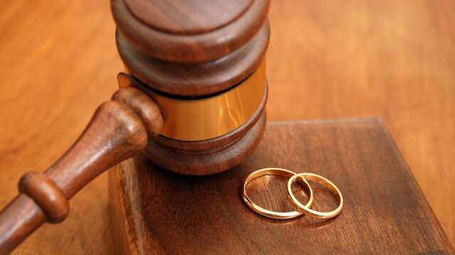 Yargıtay işsiz kocanın kendisi aldatan karısına nafaka ödemesine hükmetti