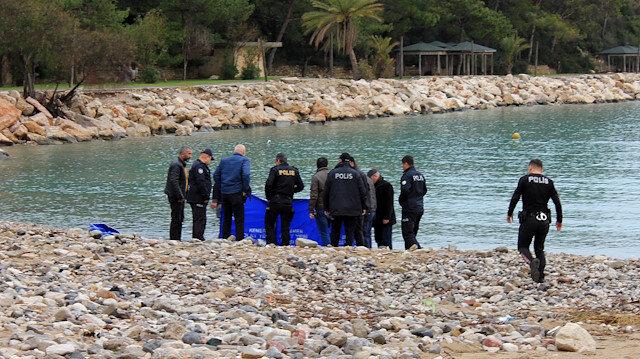 Kıyıya vurdu: Vücudunun üst tarafı yok
