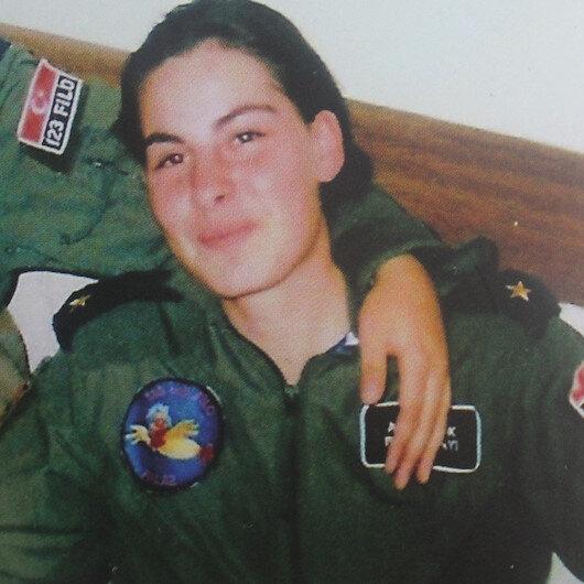 İlk kadın şehit pilot: Ayfer Gök