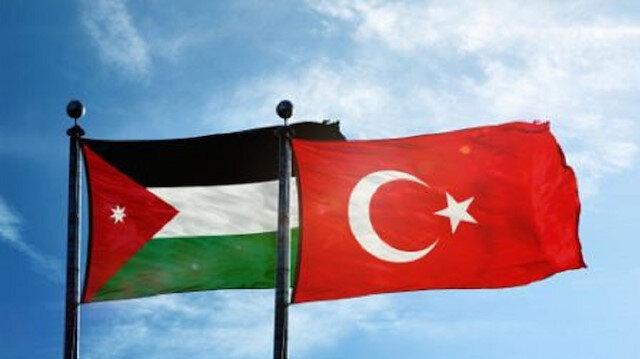 الأردن وتركيا تؤكدان على التعاون العسكري الوثيق بين البلدين