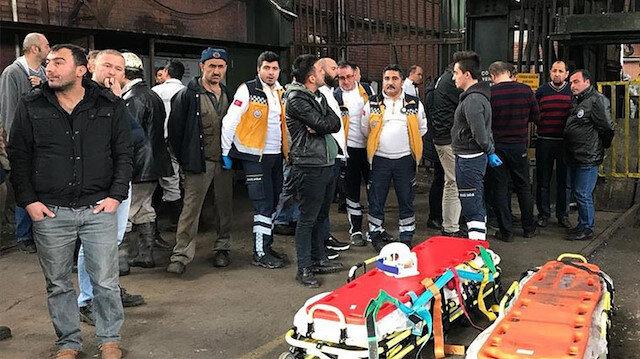 Göçük haberinin ardından bölgeye çok sayıda sağlık ekibi sevk edildi. Fotoğraf: Arşiv.