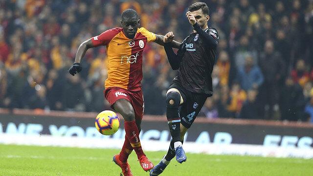 Hüseyin Türkmen ayağının görüntüsünü paylaşarak isyan etti