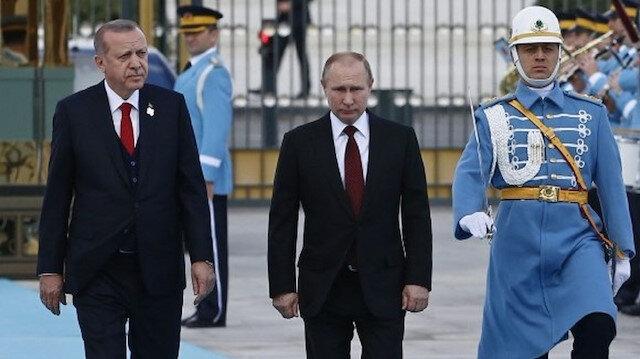 """تركيا وروسيا """"الحليف المنافس"""".. كيف يتفقان ويختلفان بآن واحد في سوريا؟"""